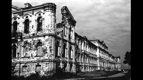 Jelgava palace ravaged by World War 2