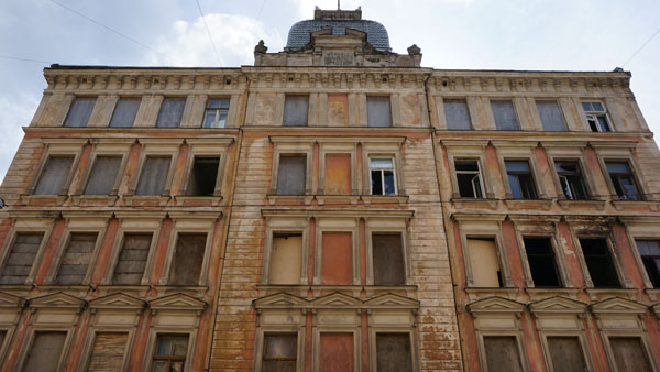 Abandoned apartment building of ~1900 in Riga